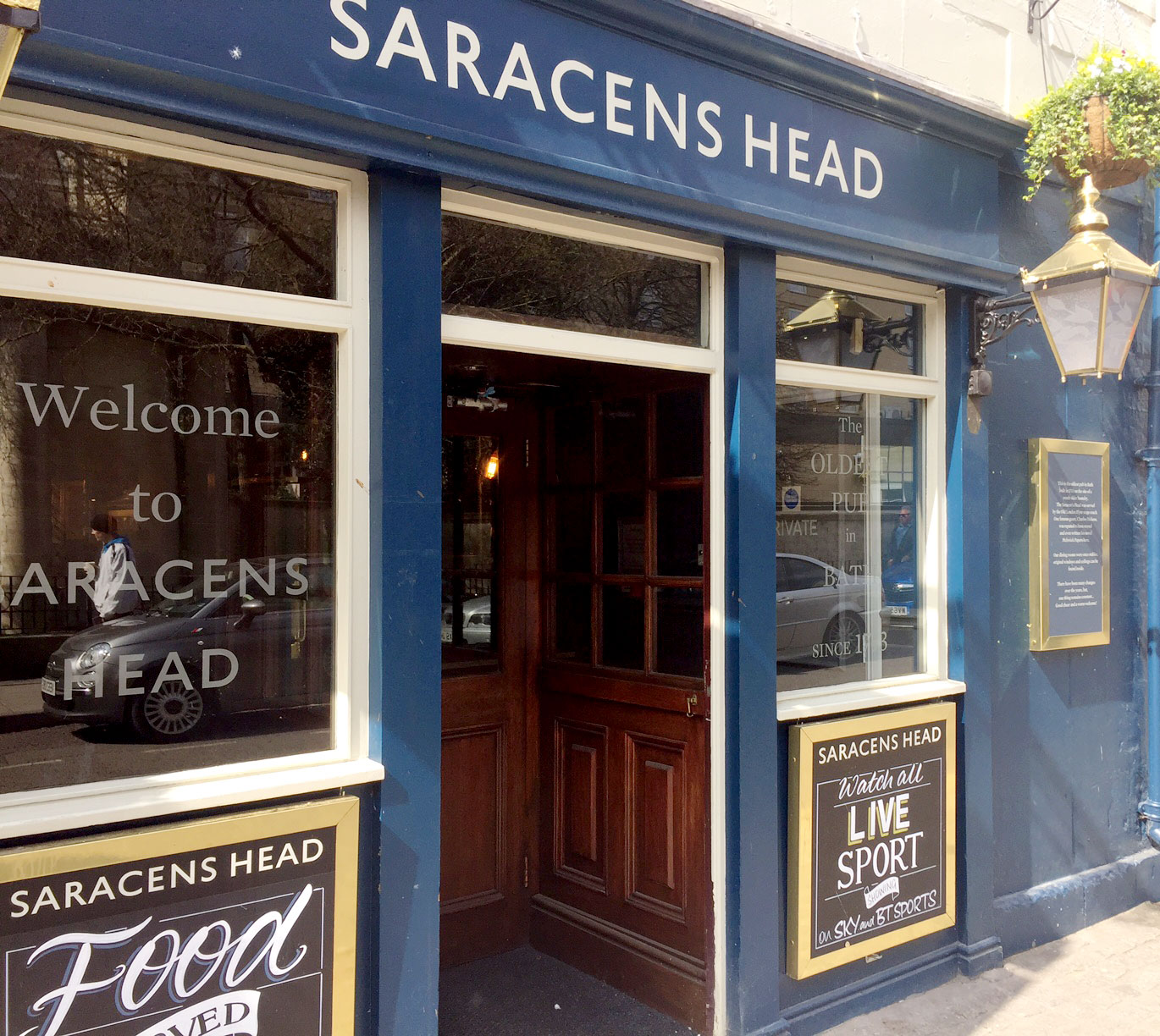 Saracens Head Pub in Bath