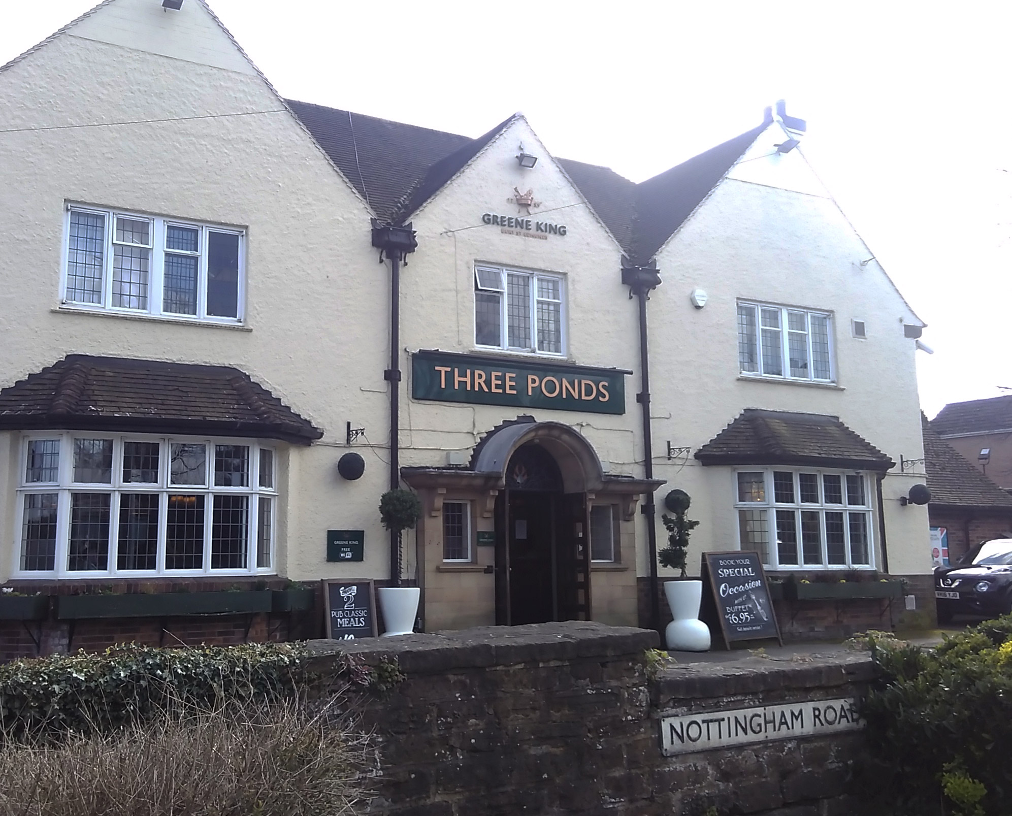 Three Ponds Pub in Nuthall